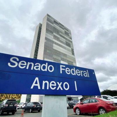 Senado aprova política de estímulo à informatização de escolas