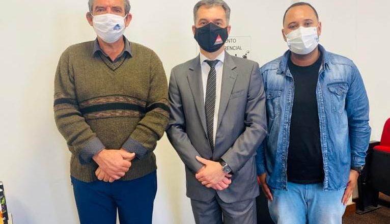 Reunião em Uberaba sobre meio ambiente e saúde